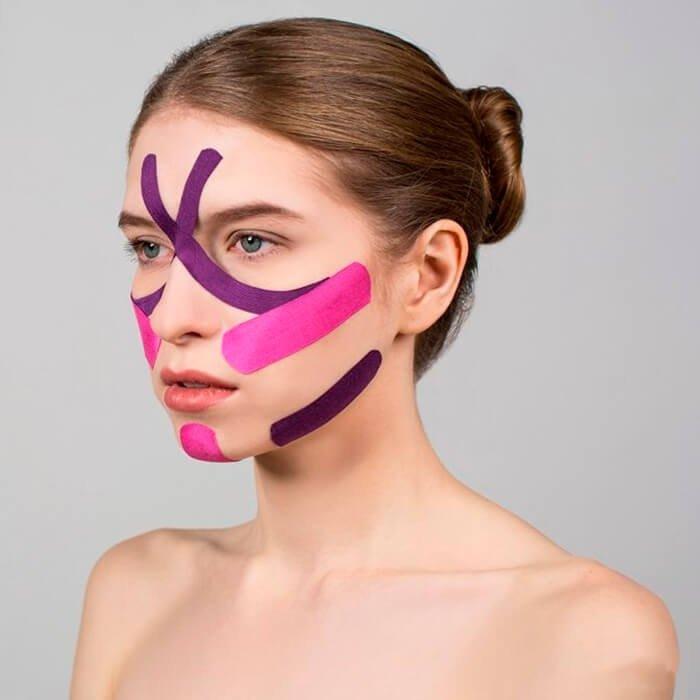 Использование тейпов от морщин на лице